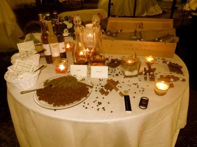 Tavolo dei sigari, allestimento serale
