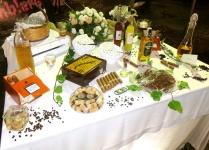 Tavolo dei sigari, liquori e cioccolato