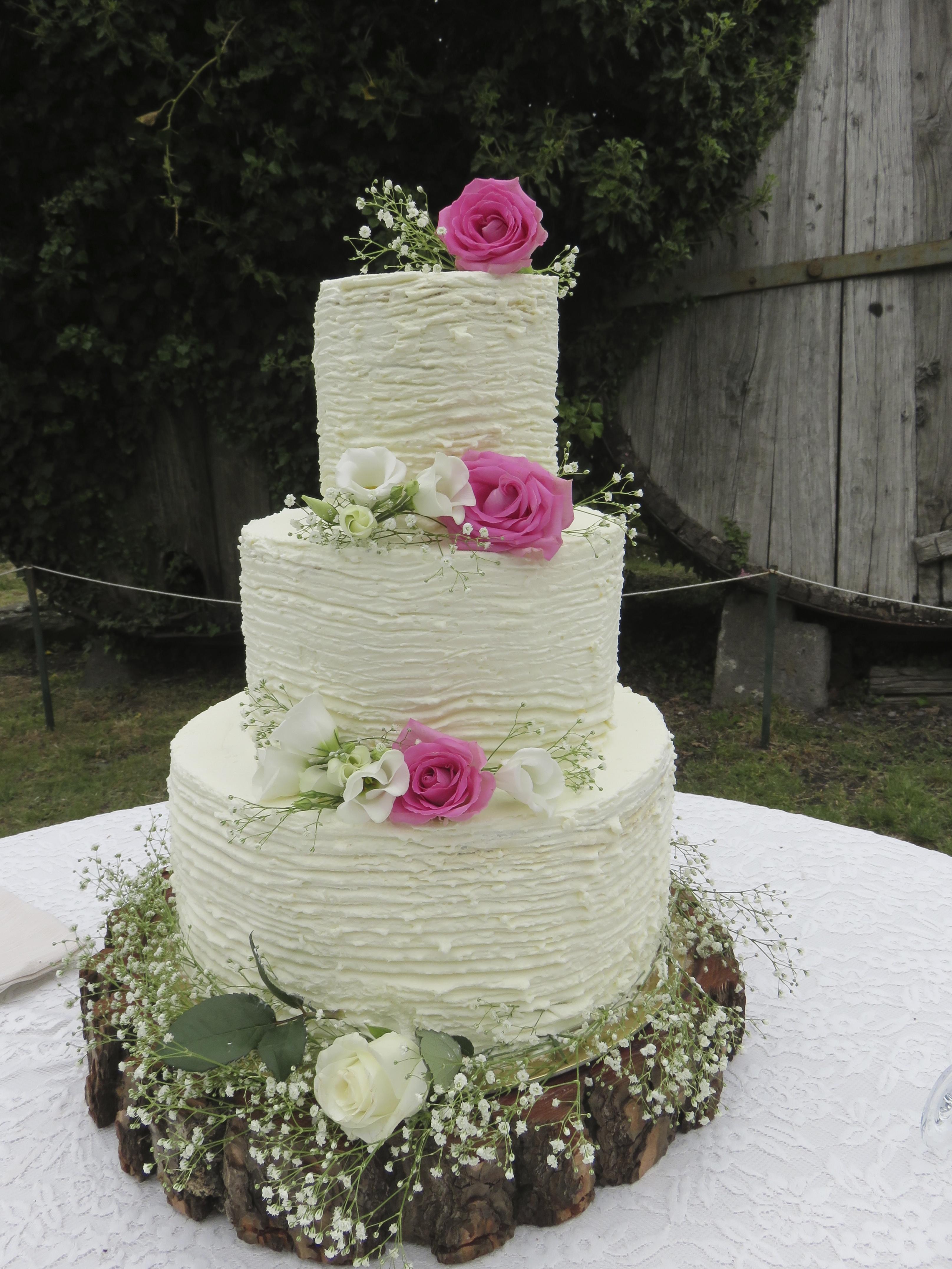 Torte Matrimonio Country Chic : Ultra violet il colore dell anno per il vostro matrimonio boho