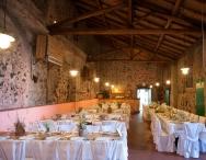 Sala Cantina, allestimento tavoli rettangolari