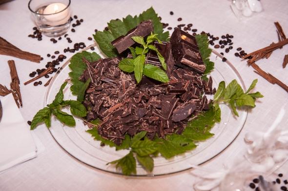 Golosi tocchetti di cioccolato fondente