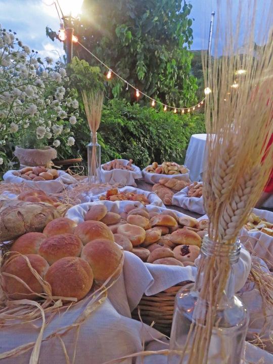 Tavolo del pane